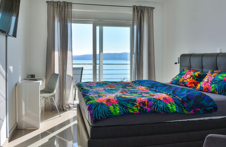 Deluxe Double Room with Seaview