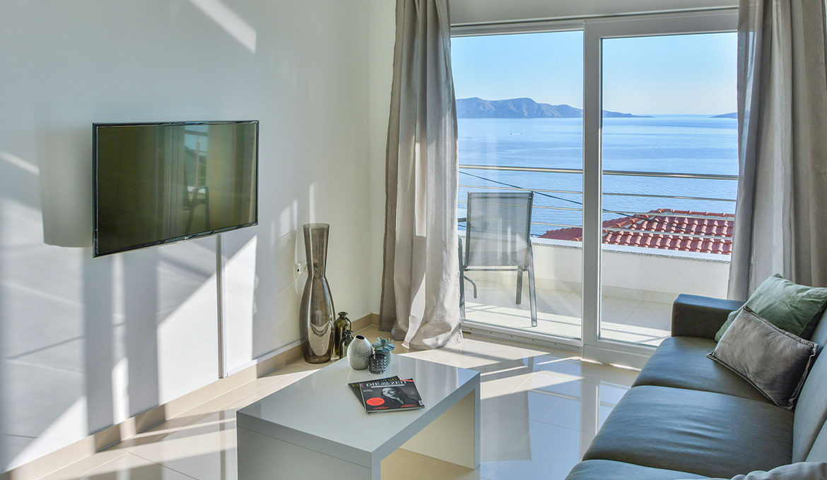 Deluxe Apartment 1 with Seaview