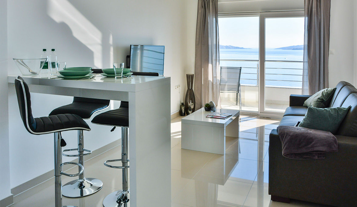 Penthouse Apartment 2 with Seaview