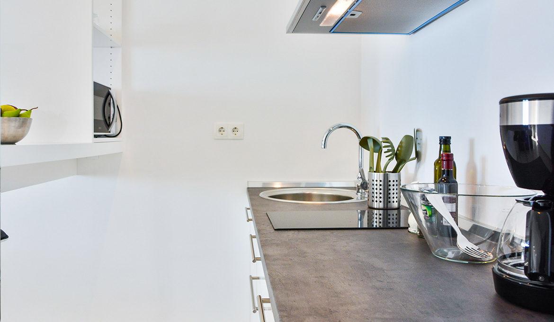 Deluxe Studio Apartment with Seaview